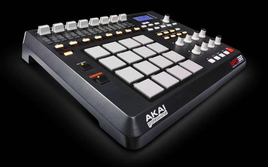 akai mpd32 usb midi pad controller long mcquade musical instruments. Black Bedroom Furniture Sets. Home Design Ideas