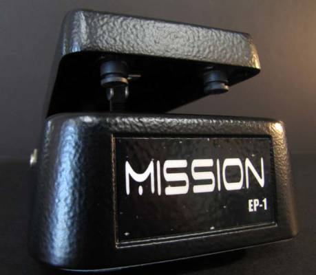 mission engineering mission engineering expression pedal with reverse polarity switch black. Black Bedroom Furniture Sets. Home Design Ideas