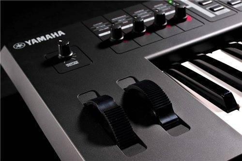 Yamaha mx49 key synthesizer long mcquade musical for Yamaha mx61 specs