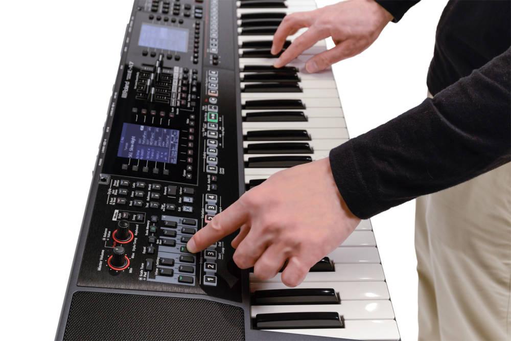 61 Key Expandable Arranger Keyboard Dual Screen