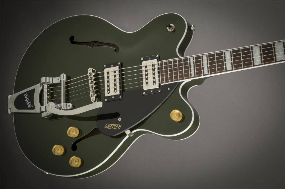 Gretsch Guitars G2622T Streamliner Center Block With Bigsby BroadTron Pickups Torino Green