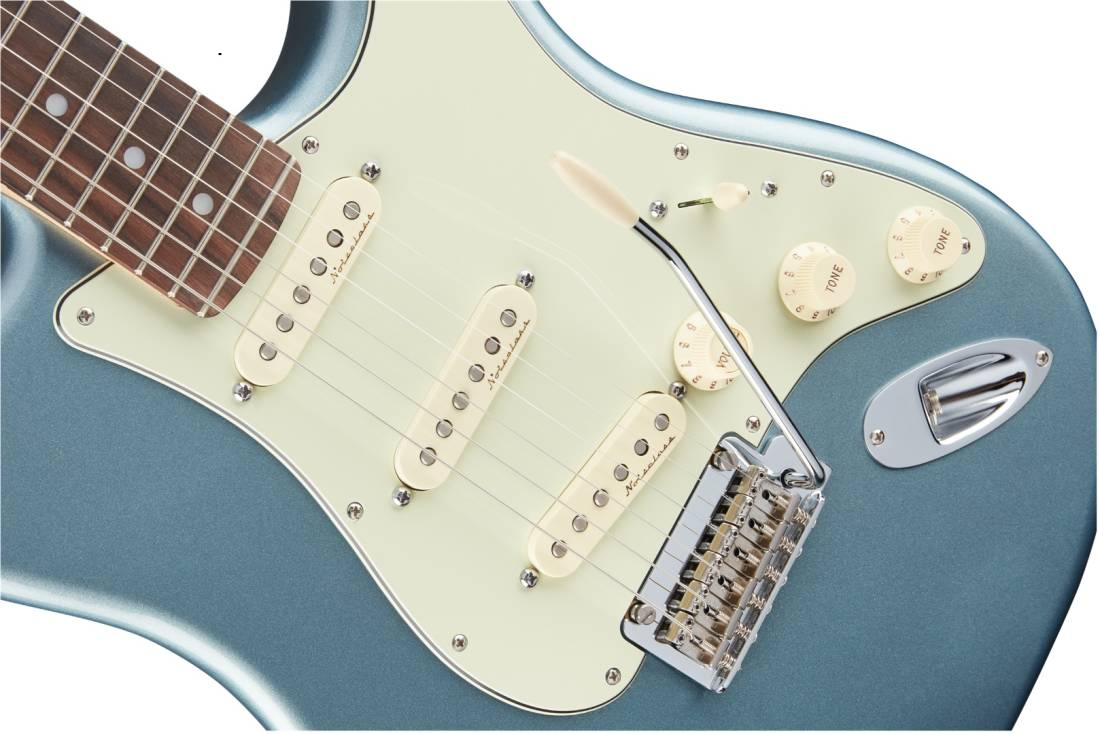 fender deluxe roadhouse stratocaster rosewood fingerboard mystic ice blue long mcquade. Black Bedroom Furniture Sets. Home Design Ideas