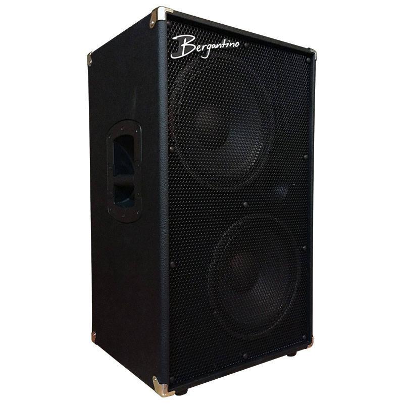 bergantino new vintage series 2x12 bass guitar speaker cabinet 400w 8ohm long mcquade. Black Bedroom Furniture Sets. Home Design Ideas