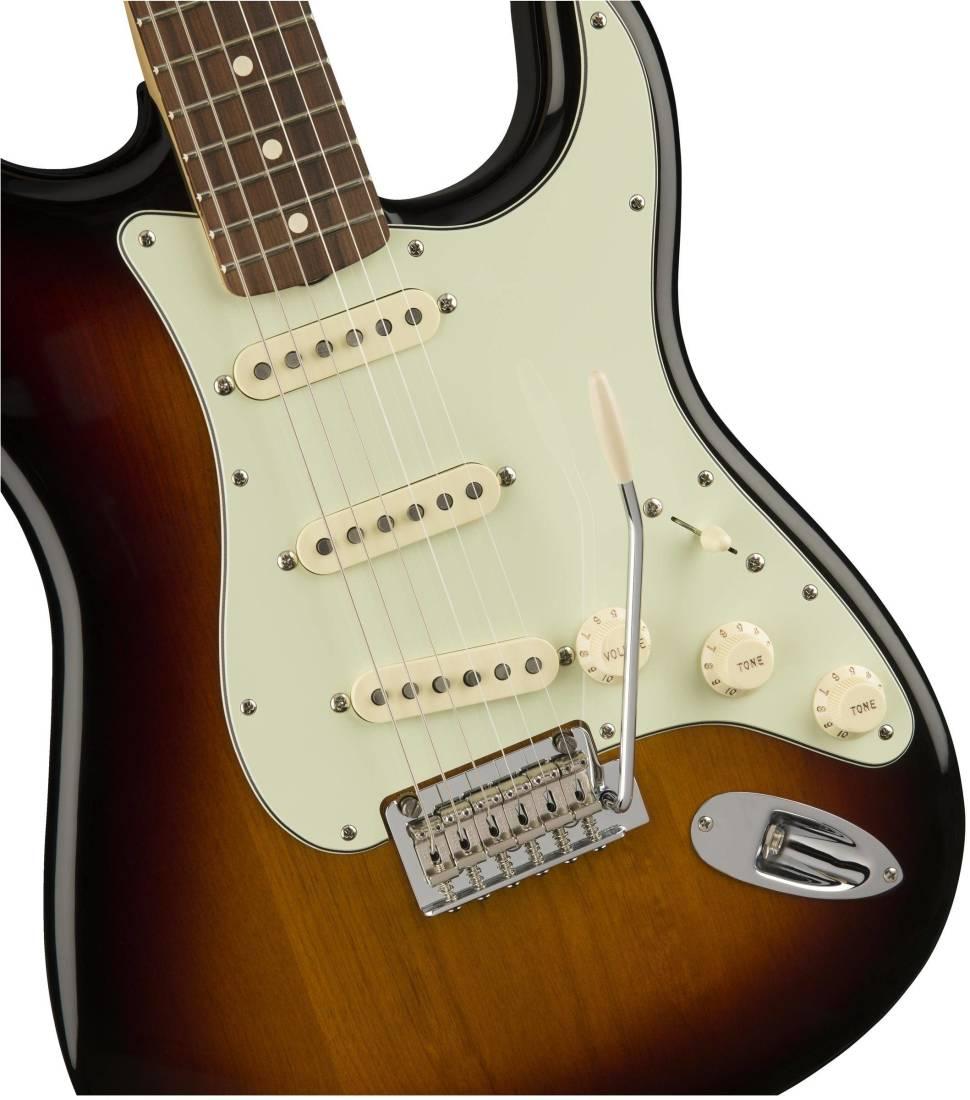fender 60s classic player stratocaster pau ferro fingerboard 3 tone sunburst long mcquade. Black Bedroom Furniture Sets. Home Design Ideas