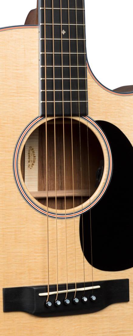 Martin Guitars Gpc 16e Grand Performance Cutaway Acoustic
