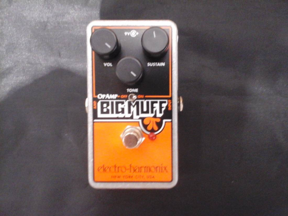 electro harmonix op amp big muff pi distortion sustain pedal long mcquade musical instruments. Black Bedroom Furniture Sets. Home Design Ideas