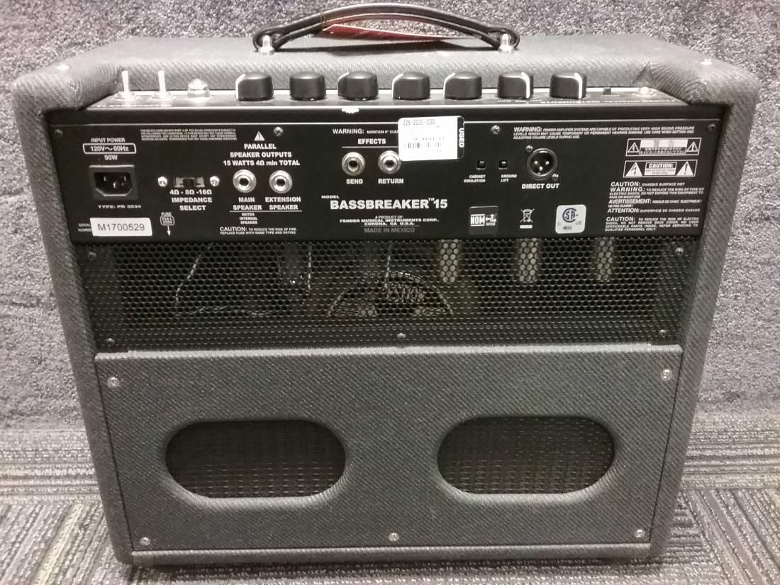 fender bassbreaker 15w 1x12 tube combo amp long mcquade musical instruments. Black Bedroom Furniture Sets. Home Design Ideas