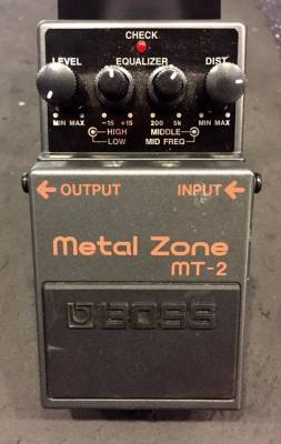 (USED) BOSS MT-2 Metal Zone Guitar Effects Distortion Pedal