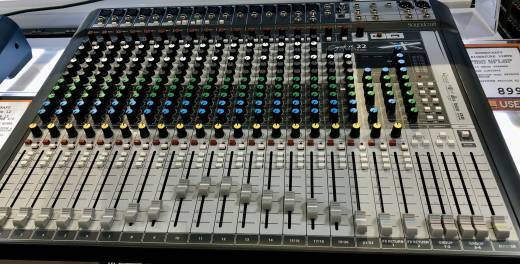 (USED) Signature 22MTK 22 Channel Mixer with 24-in/22-out USB Interface