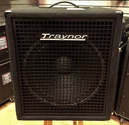 (USED) Traynor SB-115 Small Block 200 Watt - 1x15 inch Bass Combo Amp