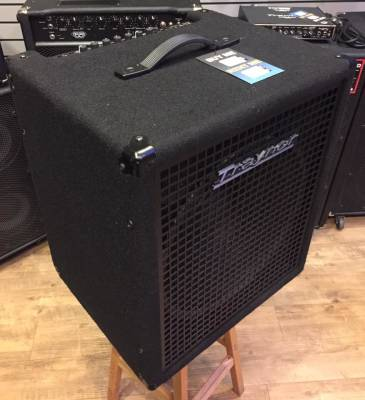 Store Special Product - (USED) Traynor SB-115 Small Block 200 Watt - 1x15 inch Bass Combo Amp