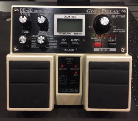 (USED) BOSS DD-20 Twin Pedal - Giga Delay