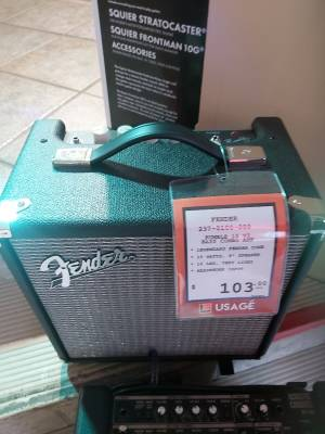 Store Special Product - Fender 15 watt Rumble Bass amp