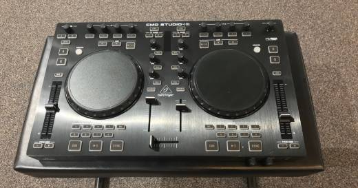 BEHRINGER 4 Deck DJ MIDI Controller w/4-Channel Audio