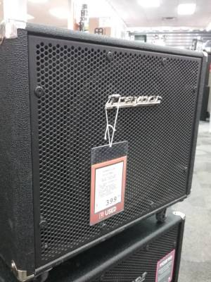 Store Special Product - Traynor 400 Watt 1x15 Neodymium Woofer Bass Cabinet
