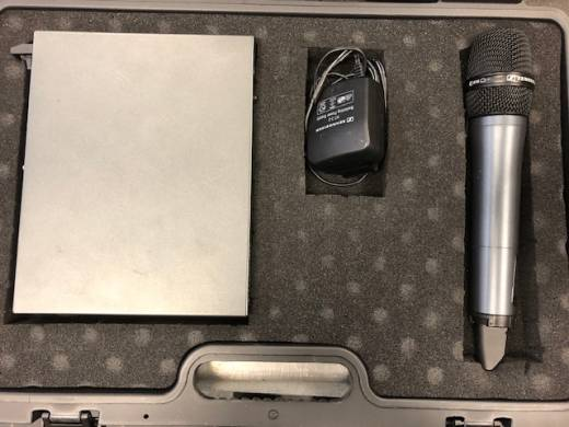 Sennheiser Evolution G3 - Handheld with SKM135 Mic