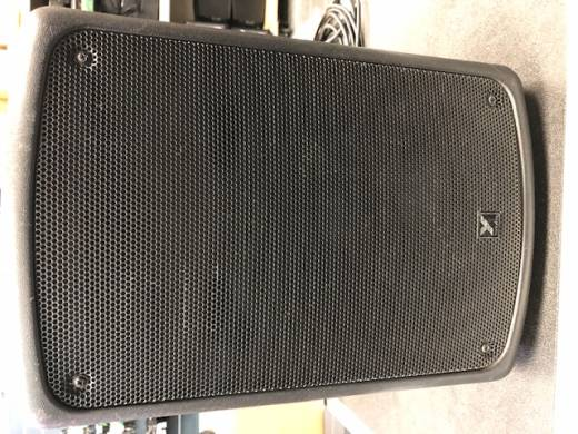 Yorkville Coliseum Series Compact Powered Speaker - 8 inch Woofer - 100 Watts