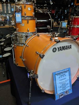 Yamaha Tour Custom Maple drum set