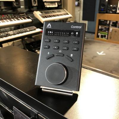 Apogee Control Hardware Remote for Element Series and Symphony I/O Mk II Interfaces