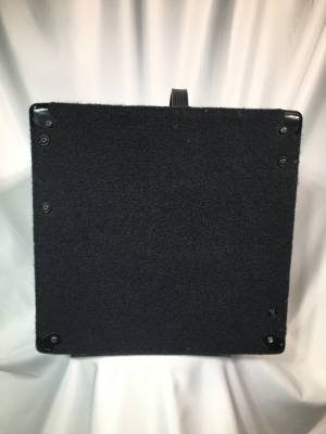 Store Special Product - Small Block 120 Watt - 1x10 inch Bass Combo Amp