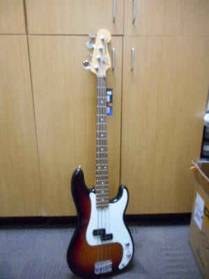 FENDER AMERICAN SPECIAL P-BASS