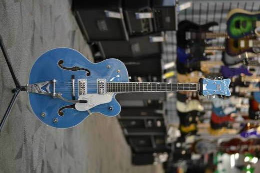 G6136T-59 Limited Edition Falcon with Bigsby, Ebony Fingerboard - Lake Placid Blue
