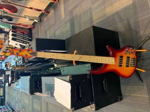 SR400EMQM Soundgear Series Bass - Sunrise Red Burst