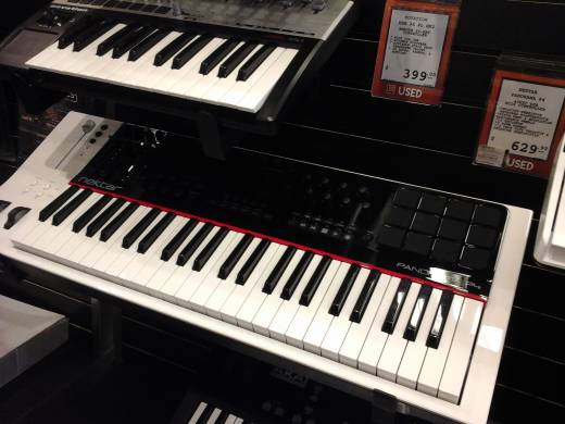 Store Special Product - 49 Note Keyboard Controller