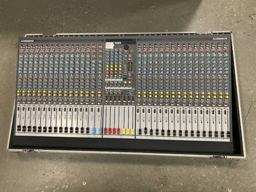 ALLEN AND HEATH MIXER