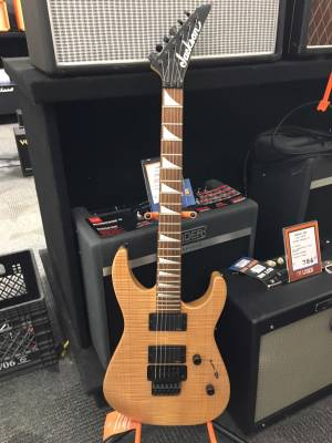 SL3MG Soloist with EMG - Natural