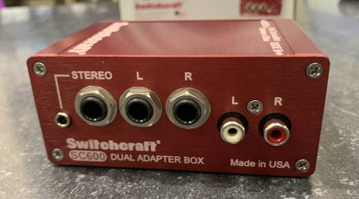 SWITCHCRAFT DUAL SIDED ADAPTER BOX/SPLITTER
