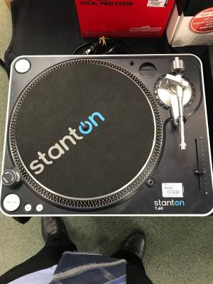Stanton T60 Direct drive turntable
