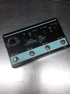 Store Special Product - T.C. ALTER EGO X4 DELAY & LOOPER PEDAL