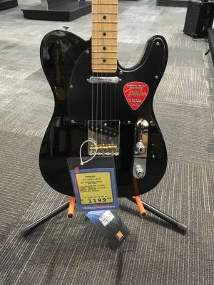 FENDER AM SPEC TELE MN BLK W/DLX BAG