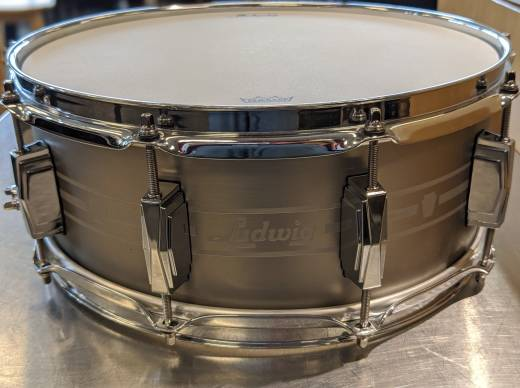 Ludwig Heirloom 14x5.5'' Stainless Steel Snare Drum