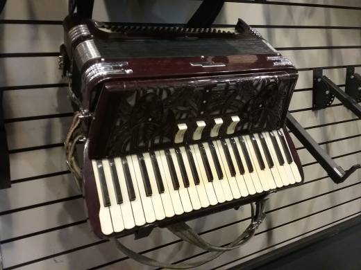 BAND - Vintage Bakelite Accordion