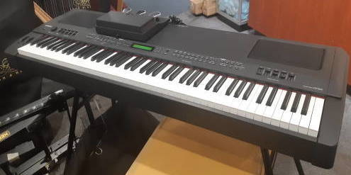 KEYS - Yamaha CP300 Stage Piano