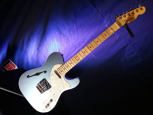 American Eilte Telecaster Thinline, Maple Fingerboard, Mystic Ice Blue