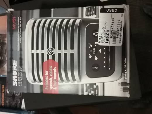 Digital Large-Diaphragm Condenser Microphone w/Headphone Output