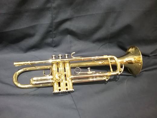 Store Special Product - Bb Lacquered Trumpet with Case
