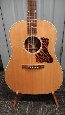 Store Special Product - Gibson 2016 J-35 Round-Shoulder Acoustic
