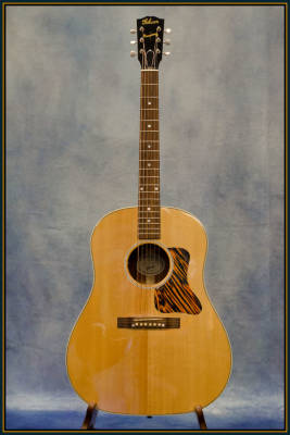 Gibson 2016 J-35 Round-Shoulder Acoustic