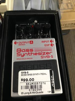 Store Special Product - BOSS BASS SYNTH PEDAL