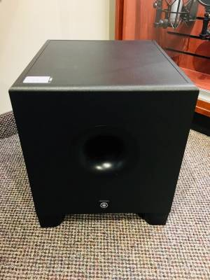 YAMAHA 8 inch Powered Studio Subwoofer
