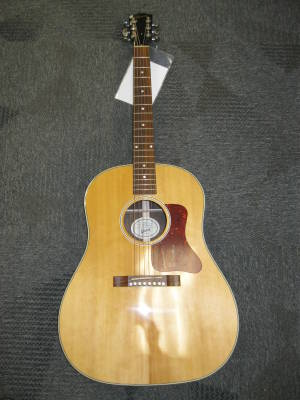 GIBSON J29 ROSEWOOD