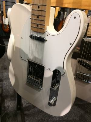 Store Special Product - Fender Standard Tele - Maple Neck in Arctic White