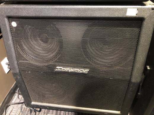 Traynor 240 Watt 4x12 Guitar Slant Cabinet with Celestion V30s