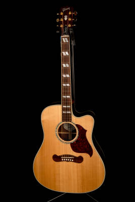 Store Special Product - 2016 Songwriter Deluxe Cutaway Acoustic/Electric Guitar