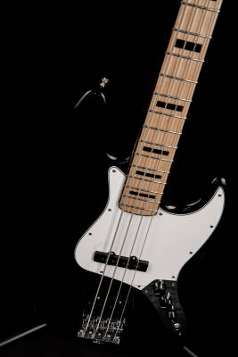 Store Special Product - Fender Geddy Lee Jazz Bass with Gig Bag - Black