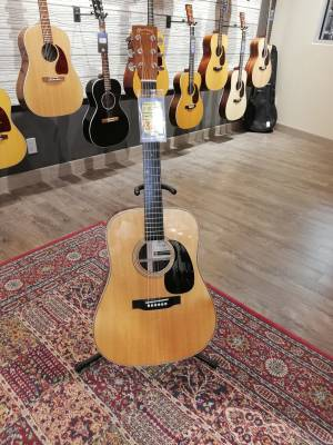 L&M Limited Edition D28 Anniversary Model